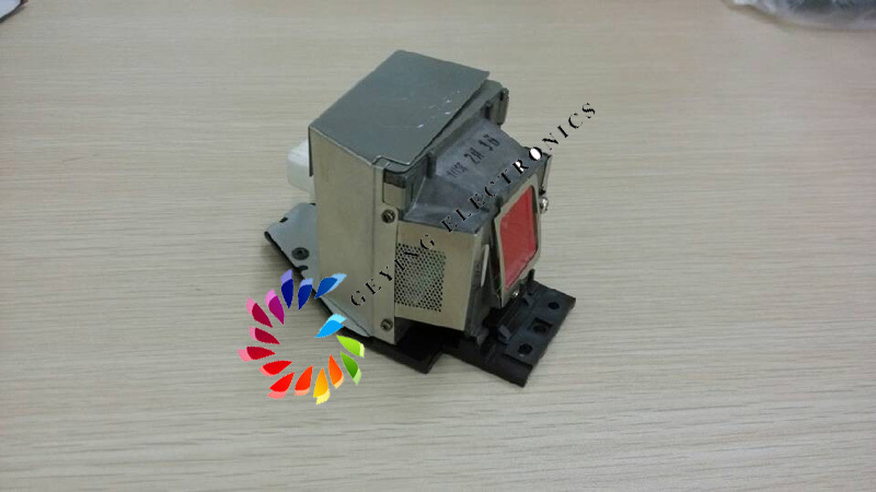 все цены на  projector lamp SP-LAMP-060 shp132 for In Focus IN102  онлайн