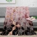 Розовое и серое одеяло с градиентными кубиками  теплое одеяло из микрофибры  фланелевое одеяло  декор для спальни  одеяла для кроватей