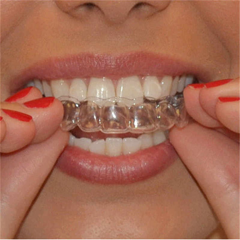 2PCS Thermo Formbare Mund Dental Zähne Bleaching Trays Bleaching Form Trays Oral Care Gel Mundschutz Tablett Dropship