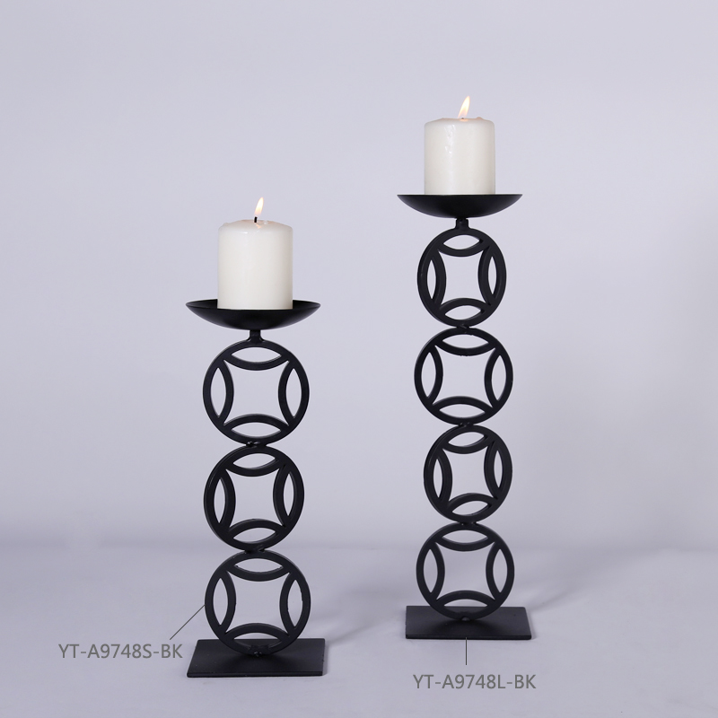 2017 New Arrivals Oriental Metal Candle Holders in Black for Home Centerpieces Copper Shape Unique Design Home Decor