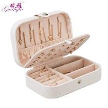 d8eb58f94c42 Estilo coreano fresco y Simple chica pendientes joyería de placa caja  portátil de cuero pendientes anillo