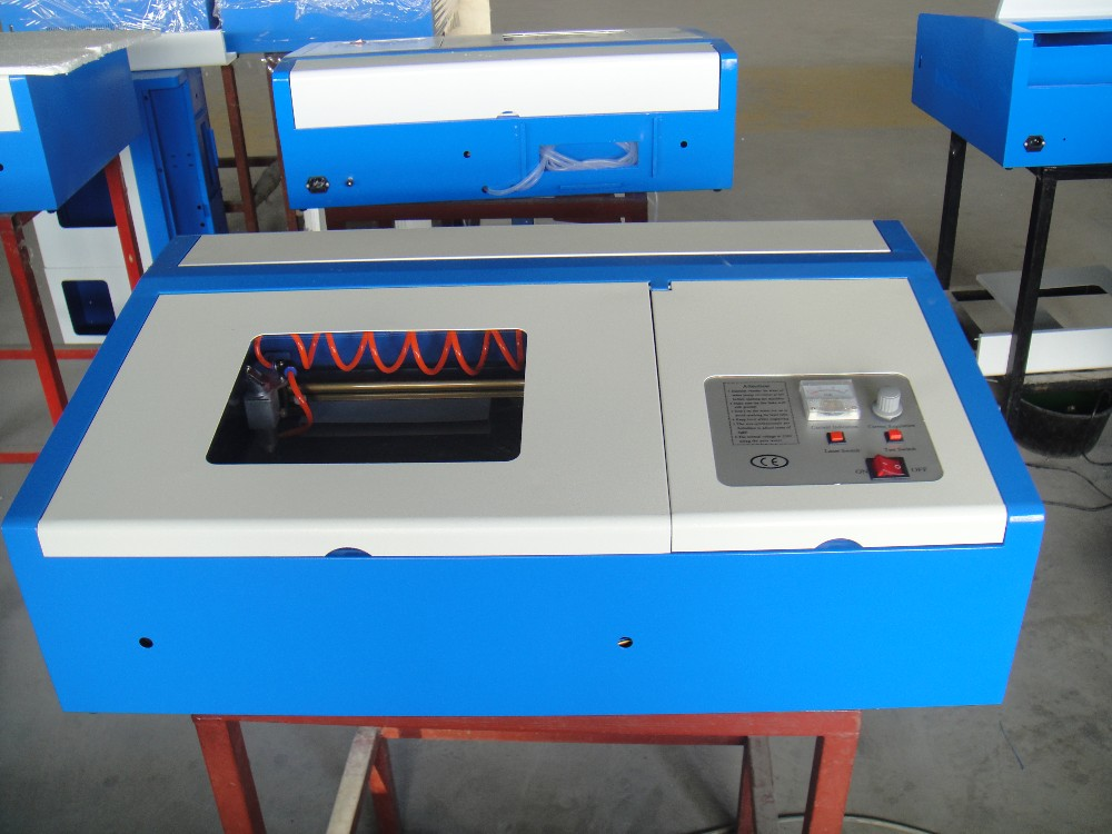2016 NEW High Quality K40 Version Laser Co2 40W CNC Laser Cutting Machine Laser Engraving Machine P2 Configuration
