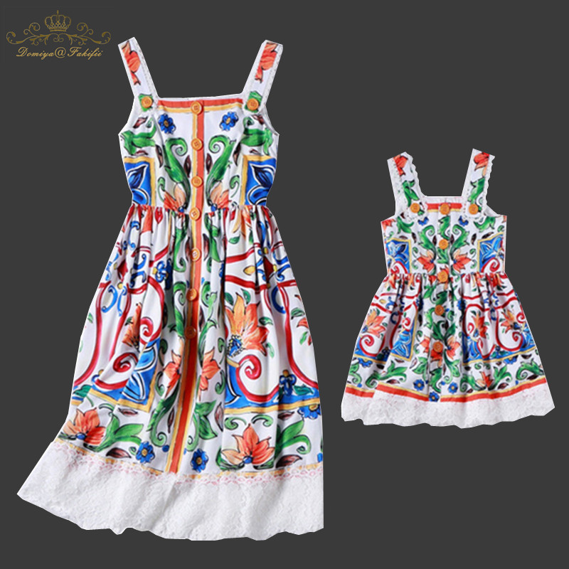 цена Mother Daughter Dresses 2018 Family Matching Clothes Mama Mom Mother & Kids Family look A-Line Knee-length Dresses With Crystals