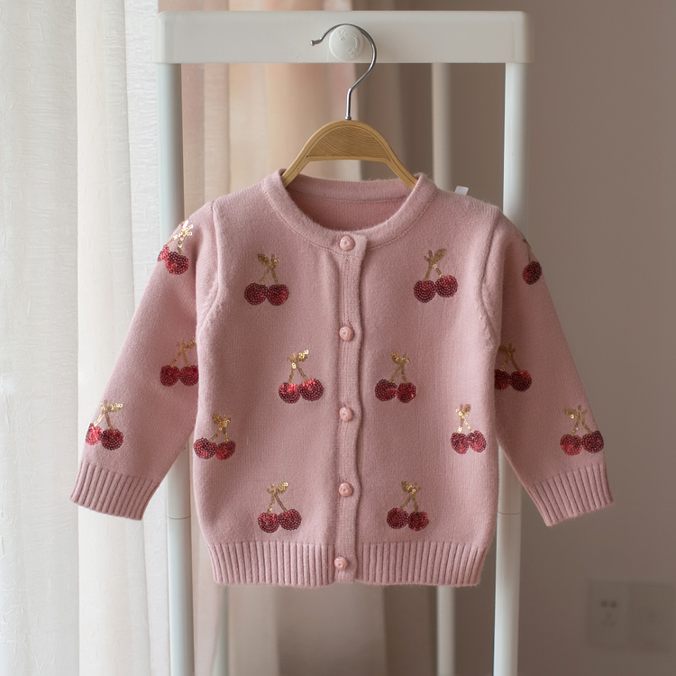 все цены на New 2018 spring and autumn children sweater baby girl cherry cardigan sweater baby fashion sweaters