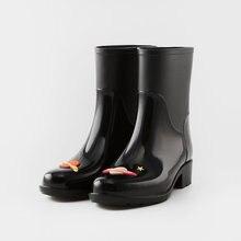 2018 vendita nero in pvc stivali da pioggia scarpe da donna con tacco  galosce pioggia scarpe 8b7477675f5