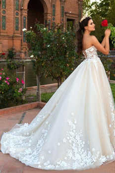 Sexy Sweetheart Wedding Dress 2019 Lace Appliqued Back Lace UP with Sweep Train Bridal Gowns Vestido de Noiva