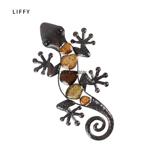 Image 4 - Home Decor Metal Gecko Wall for Garden Decoration Outdoor Statues Accessories Sculptures and Animales Jardin