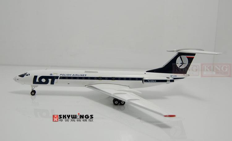 Phoenix 20090 Poland SP-LHD Airlines 1:200 commercial jetliners plane model hobby TU-134A phoenix 10680 west pacific airlines n949wp b737 300 simpson commercial jetliners plane model hobby
