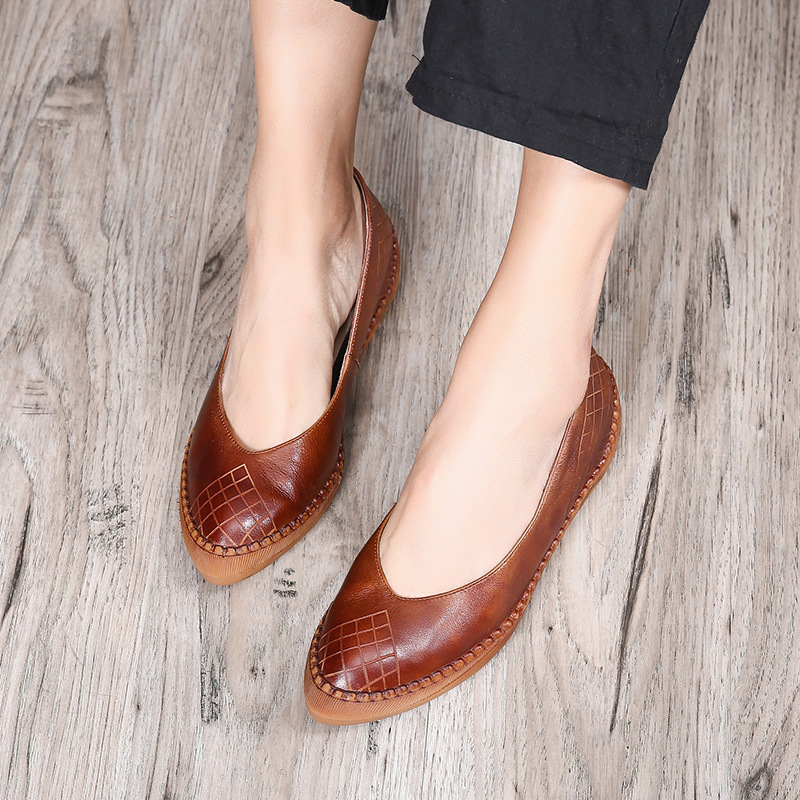 Tyawkiho 2018 Spring Women Leather Flats Pointed Toe Retro Genuine Leather Women Loafers Casual Shoes Low Heel Handmade Flats lotus jolly ballet flats faux leather women casual shoes tie vintage british oxford low pointed toe spring autumn zapatos mujer