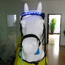 Equestrians głowa konia pasy LED do jazdy konnej konie nocny blask pas equalitation uprząż z wymiennym CR2032 bateria Q