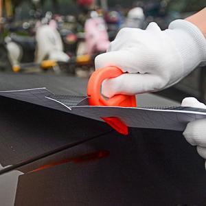 Image 3 - FOSHIO инструмент для обертывания автомобиля из углеродного волокна виниловая обертка скребок для скребка фольгированная пленка наклейка резак перчатки оконный оттенок инструмент для очистки автомобиля