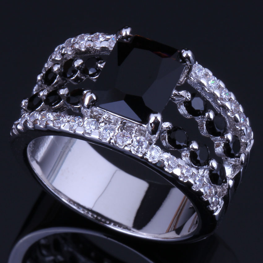 Prominent Rectangle Black Cubic Zirconia White CZ 925 Sterling Silver Ring For Women V0457