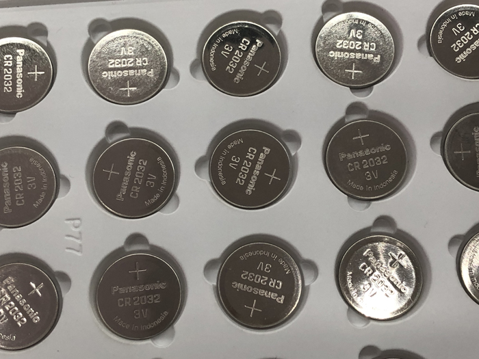 100pcs/lot <font><b>Panasonic</b></font> CR2032 Button Cell Batteries 3V Lithium Battery For Watch Car Calculator Coin Battery CR <font><b>2032</b></font> image