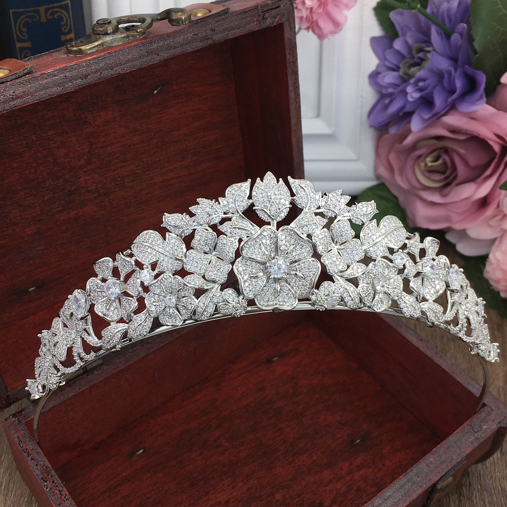 Paved Full Cubic Zircon Tiara Zirconia Princess Crown CZ Coroa Bridal Wedding Hair Accessories Jewelry Bijoux Cheveux WIGO1294Paved Full Cubic Zircon Tiara Zirconia Princess Crown CZ Coroa Bridal Wedding Hair Accessories Jewelry Bijoux Cheveux WIGO1294