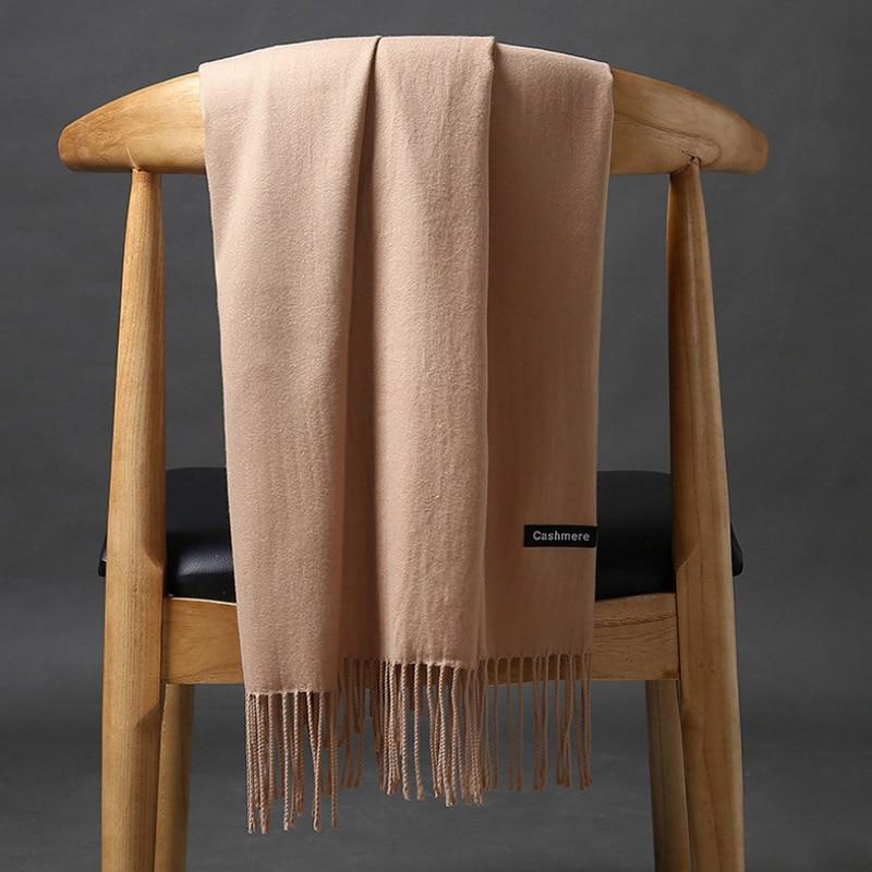 ca9298c632c Acheter Femmes solide couleur cachemire foulards avec gland dame hiver  chaud épais écharpe de haute qualité femelle châle vente chaude femmes  foulards Pas ...