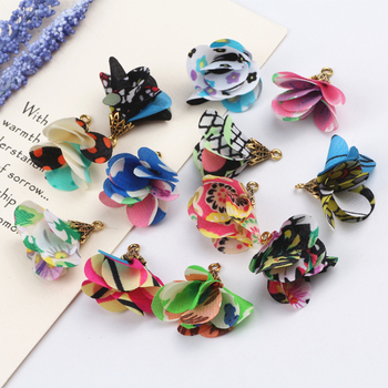 100pcs Mix Design 26mm Handmade Flower Tassel Pendants DIY Earring Jewelry Accessories Fit Woman Fashion Jewelry Material