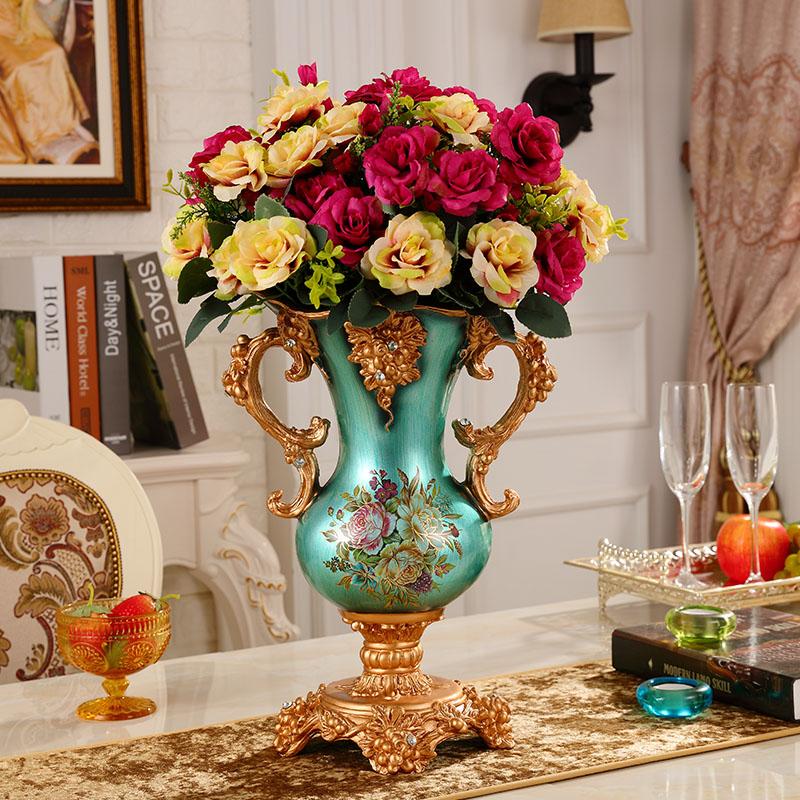 Royal Wedding Gifts: Retro Minimalist Living Room Decor Vase European Fashion
