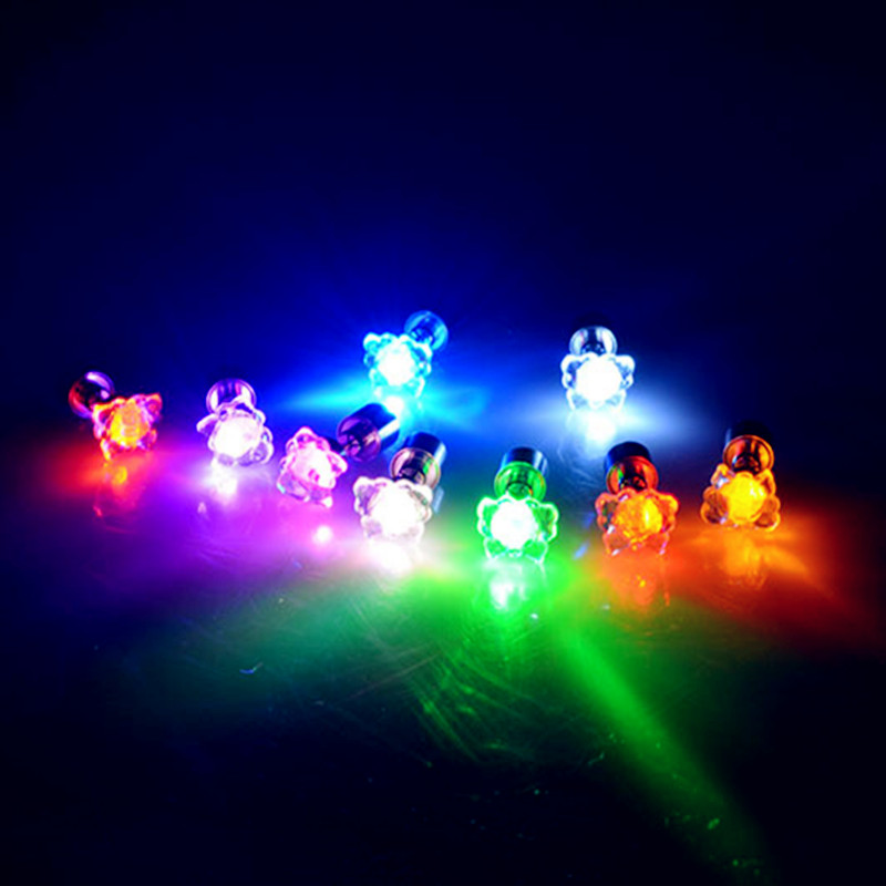 Intelligente 5 Paia/lotto Cool Fashion Light Up Lampeggiante Ear Studs Design Unico Led Orecchino Farfalla Dance Party Decor Vestire Accessori