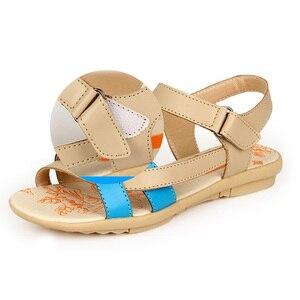 Image 4 - Beyarne女性のカジュアル本革サンダルフラットヒール夏の靴女性パッチビーチ靴ビッグサイズの母の靴