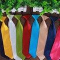 Горячая мода мальчик галстук школьников сплошной цвет полиэстер шелковые галстуки детей дети узкие узкая голова галстук gravata оптовая продажа LD006