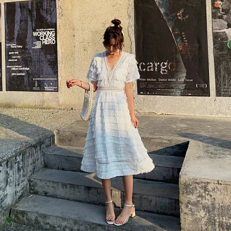 2019 summer new cool wind dress long section high waist V neck black and white temperament fairy - 3