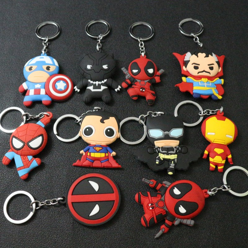2018 New Superheros Cosplay Cute Keychains Spiderman Batman Captain America And Superman PVC Action Figure Model Jewelry