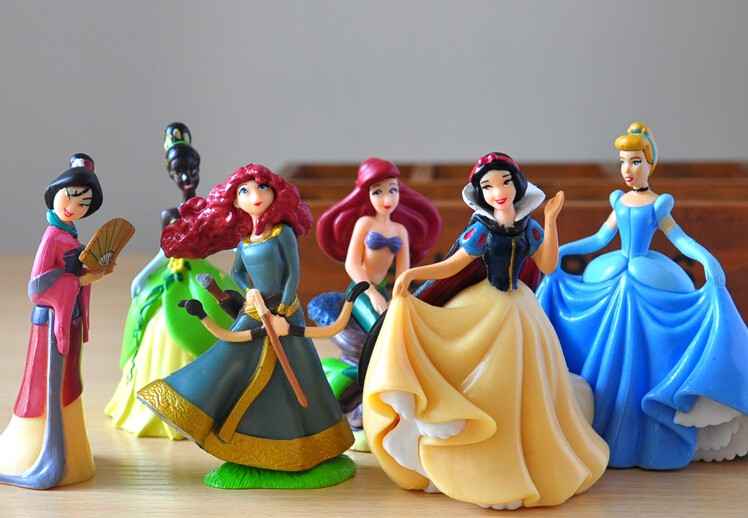 Disney Toys For Kids 6 Pcs/Set Cute Cartoon Princess Action Figures Mermaid Cinderella Snow White Dolls Models Tq0130 lps pet shop toys rare black little cat blue eyes animal models patrulla canina action figures kids toys gift cat free shipping