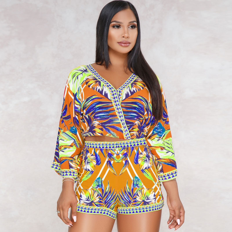 Sexy 2 two Piece Bohemian Long Sleeve Loose Rompers Women Jumpsuit 2018 Summer Boho Crop Top V-Neck Beach Short Playsuit Overall