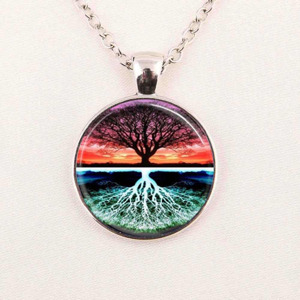 hot sale Tree Necklace Tree of Life Sunset Nature Art Green Nature Pendant The Kiss by Gustav Klimt HZ1
