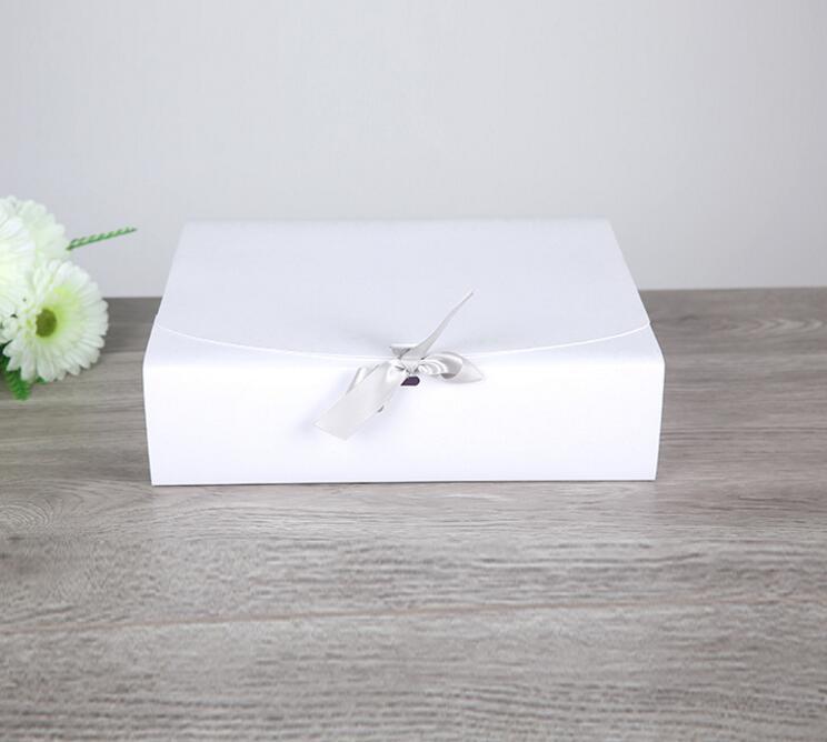 alice large white paper gift box big gift kraft cardboard. Black Bedroom Furniture Sets. Home Design Ideas