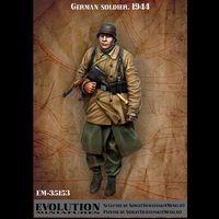 1/35 resin figure soldier model kit World War II soldiers GK white model hand military war 93