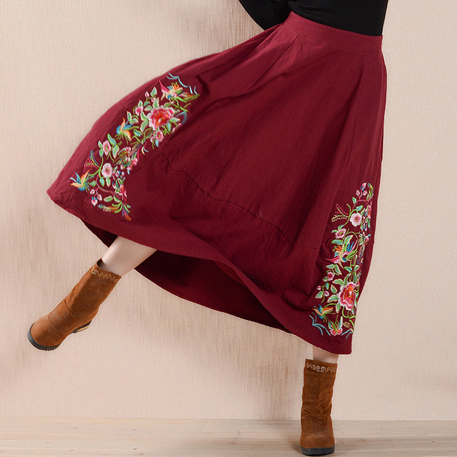 Fashion Autumn Winter Embroidery Ball Gown Skirts Women Cotton Elastic Waist Long Skirts Pleated Maxi Tulle Skirts