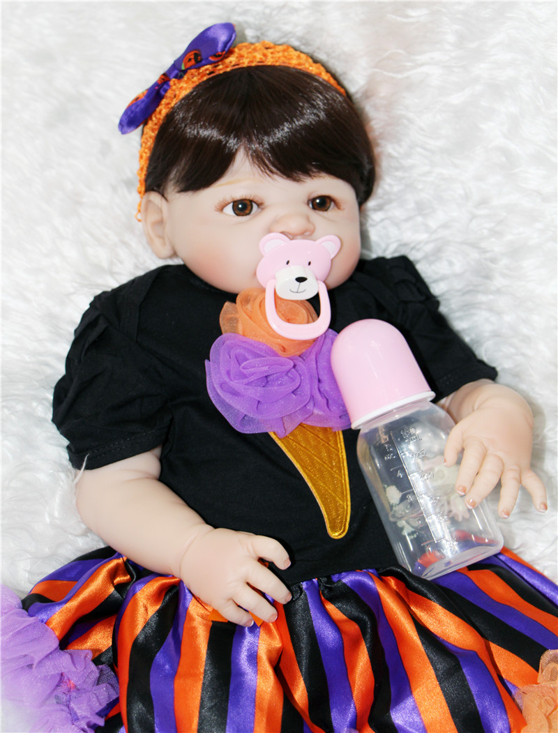 Real reborn baby dolls full body silicone vinyl baby girl dolls can enter water with dress children gift dolls bebe alive bonecaReal reborn baby dolls full body silicone vinyl baby girl dolls can enter water with dress children gift dolls bebe alive boneca