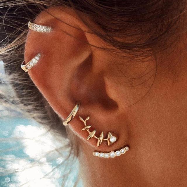 Xiufen 4 Pcs Creative Unique Fishbone Ear Studs Women Fashion Earring
