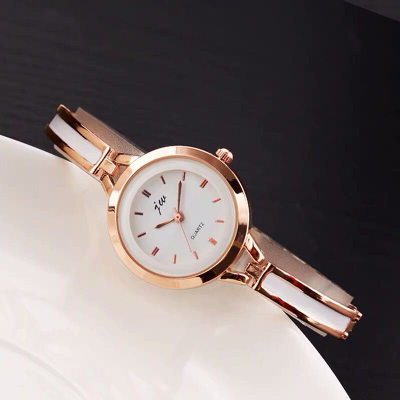 Retro Simple  ladies watchRetro Simple  ladies watch