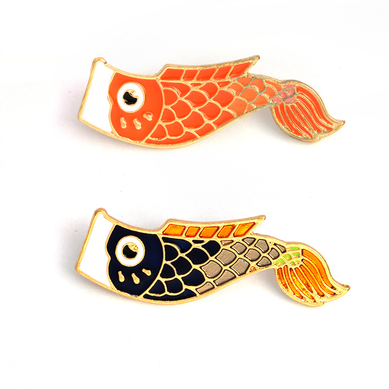 1pcs fancy carp Metal Badges Safety Pins For Clothes Badges Fashion Brooch Icons On Backpack Decorative Brooches CP1934