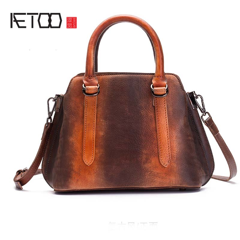 AETOO The first layer of leather ladies Messenger bag handbag retro hand-brushed bag large women handbag famous brand top leather handbag bag 2018 new big bag shoulder messenger bag the first layer of leather hand bag