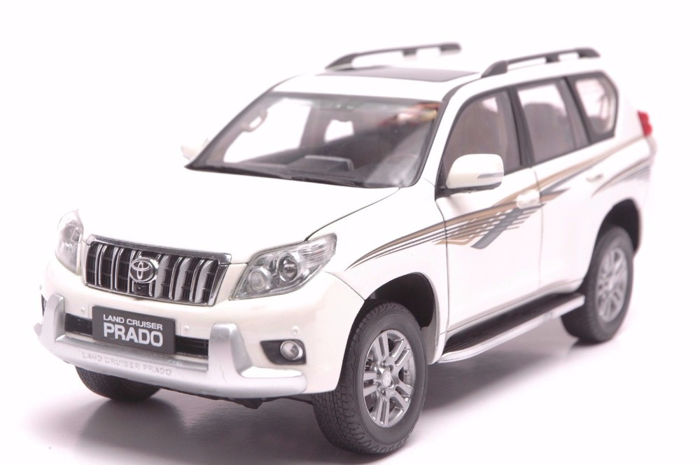 1:18 Diecast Model for Toyota Land Cruiser Prado 2010 White SUV Alloy Toy Car Miniature Collection Gifts hot green 2010 1 18 new toyota land cruiser prado diecast model cars classic jeep suv classic