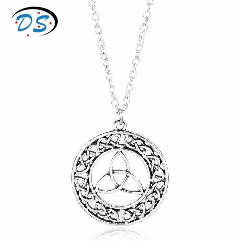 Outlander Jewelry Retro Hollow Irish Triangle Knot Cross