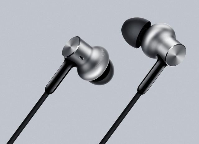 Mais novo original xiaomi híbrido pro hd headset fone de ouvido com microfone remoto para xiaomi telefone celular samsumg fone de transporte da gota