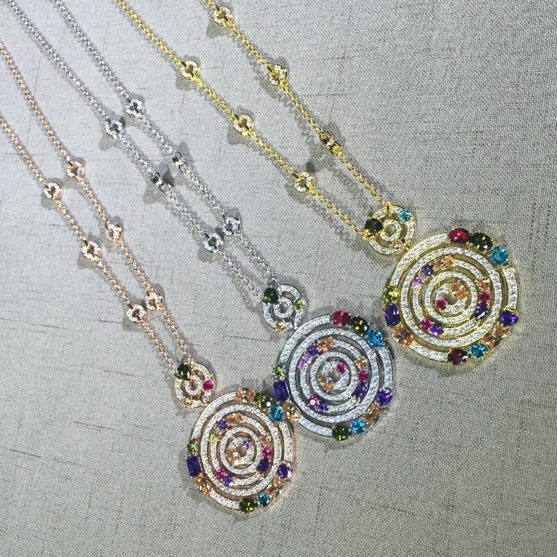 Hot copper Jewelry For Women srike lucky Necklace stone round cylinder big chain long sweater chain Pendant luxury brand jewelry
