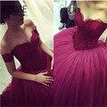 2016 de Moda de Tulle Del Amor Del Cordón de la Tapa de Borgoña Quinceanera vestidos Corsé Atractivo del hombro dulce 16 Vestidos de Bola del vestido