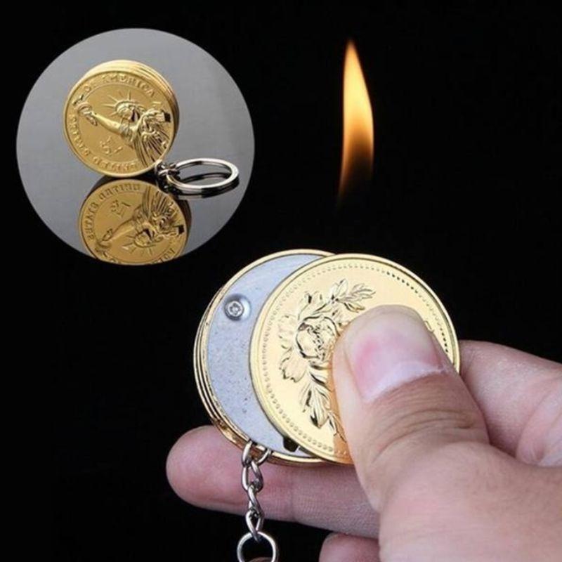 1Pc Creative Portable Simulation Mini Coin Shape Cigarette Lighter Keychian Pendant Refillable Butane Keychain Without Oil Gas