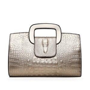 Image 3 - High Quality Crocodile Pattern Handbag New Fashion Personality Temperament Simple Shoulder Bag Wild Casual Messenger Bag