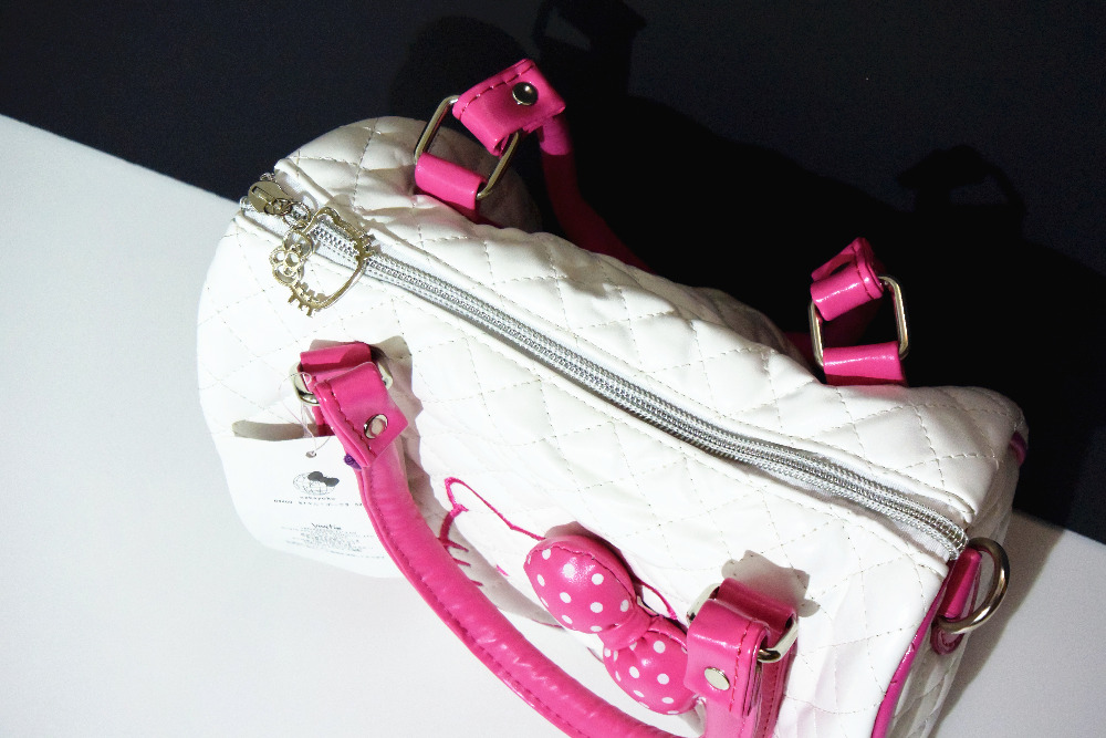 New Hello Kitty Bag with Shoulder Strap Purse YEY 48064P-in Shoulder Bags  from Luggage   Bags on Aliexpress.com   Alibaba Group b4f895697a