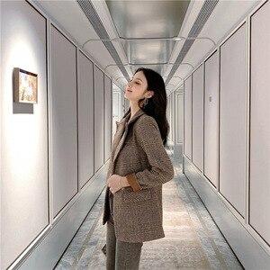Image 3 - Automne femmes laine manteau femme Version coréenne 2019 nouveau hiver Plaid Blazer mode haute qualité femme laine manteaux