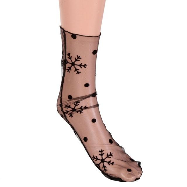 2017 Women Mesh fishnet Socks  Net Yarn Female  Socks Shiny Soft Ladies Funny Socks Transparent Elastic Hosiery Hot