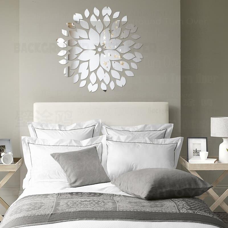 Espejos redondos modernos espejo tabi circular decorar for Espejos redondos para decorar