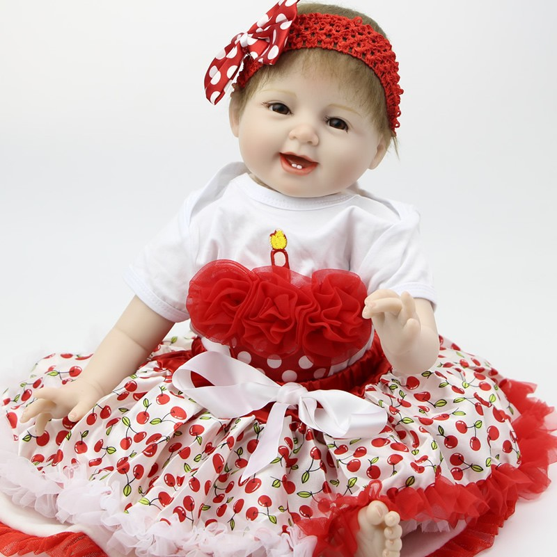 Hot Sale Lifelike Reborn Baby doll 22Inch Girl soft Silicone Vinyl Newborn Dolls With Lovely Clothing Kids Playmate Max Gift free shipping hot sale real silicon baby dolls 55cm 22inch npk brand lifelike lovely reborn dolls babies toys for children gift