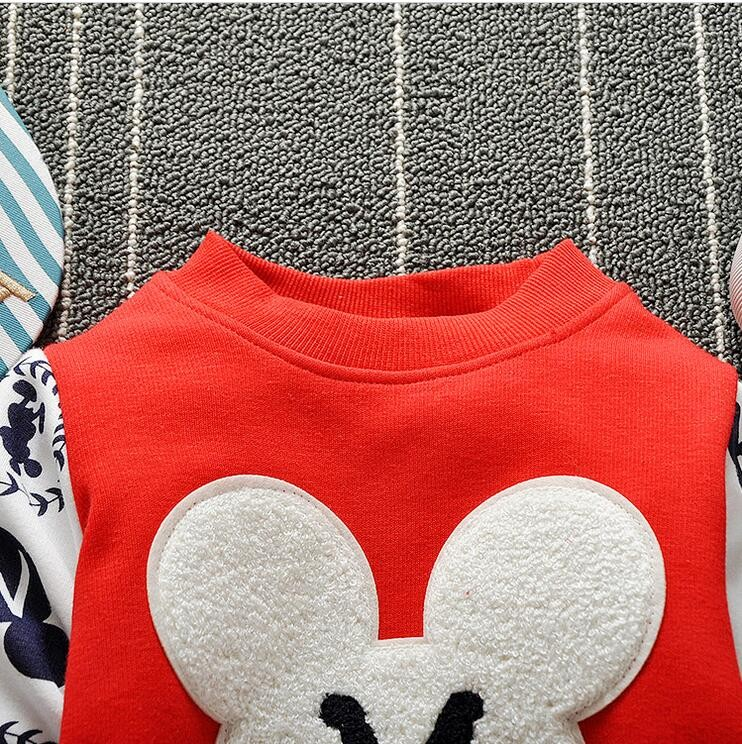 The new cartoon pattern fashion 0-2 year-old male and female baby long-sleeved clothes + free gifts 14